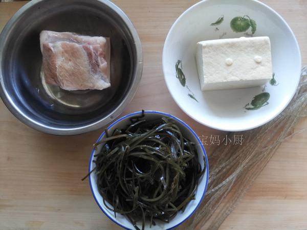 五花肉海带炖豆腐的做法大全