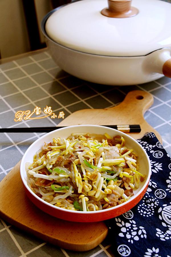 黄豆芽炒蒜黄成品图