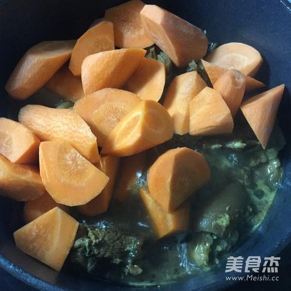 胡萝卜炖羊排怎样炒