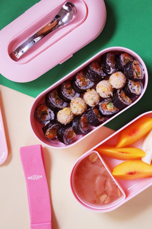 自制紫菜包饭成品图