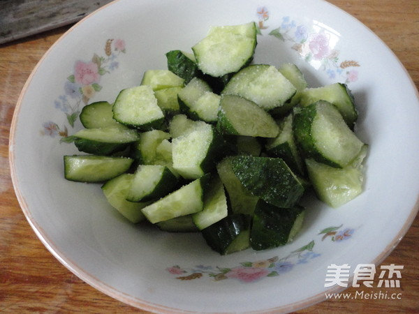 木耳尖椒拌黄瓜的做法图解