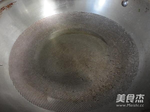 五花肉海带冻豆腐汤怎么吃