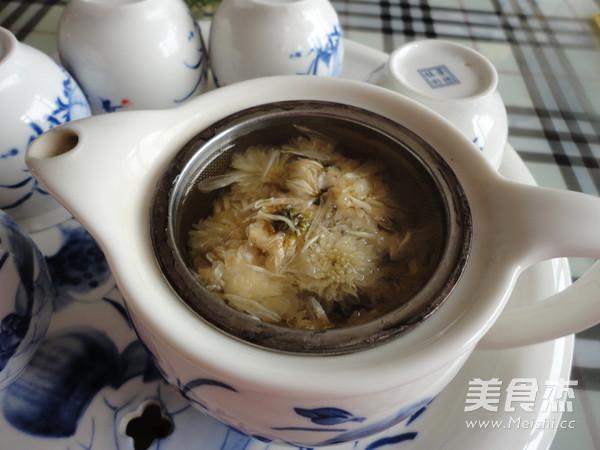 菊花枸杞茶的家常做法