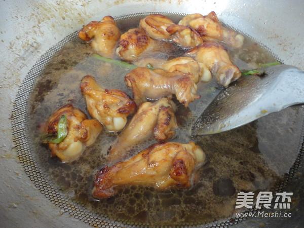 家常炖鸡翅根怎么煮
