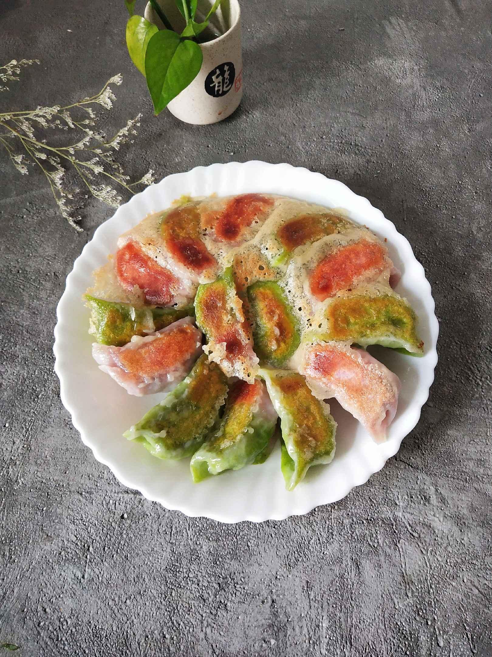 彩色冰花水饺成品图