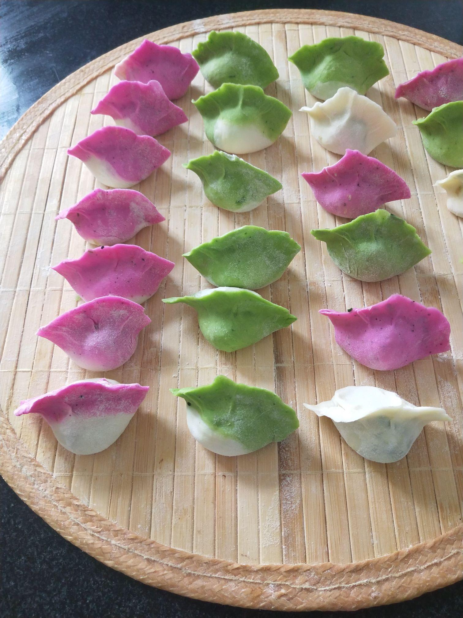 彩色饺子怎么吃