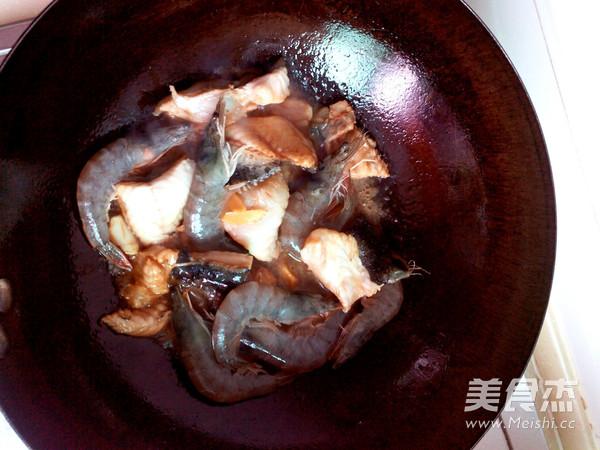 海参斑烧对虾怎么吃