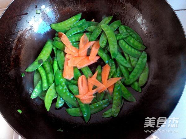 荷兰豆炒虾仁怎么吃