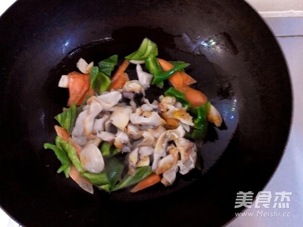 青椒爆海螺的简单做法