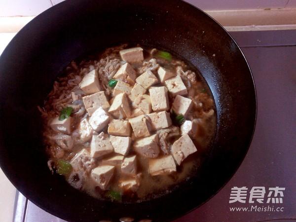 银鱼炖豆腐怎么炒