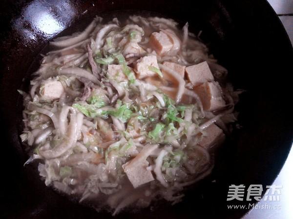 白菜海鲜冻豆腐怎么炖