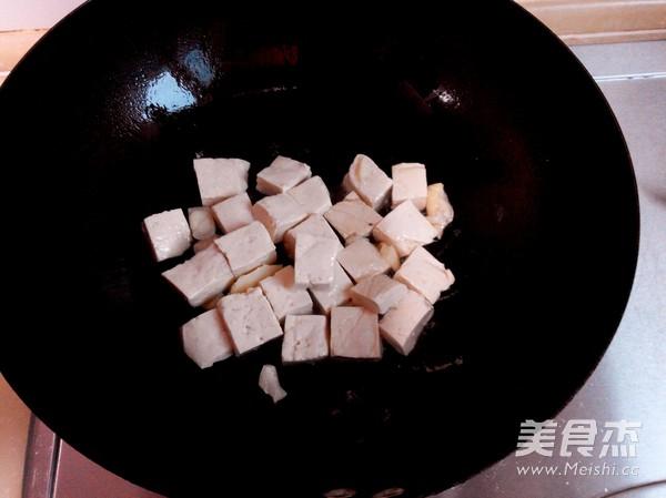 豆腐炒白菜的家常做法