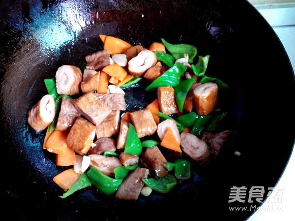 青椒炒大肠怎么做