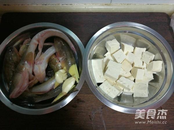 海鲶鱼炖豆腐的做法大全