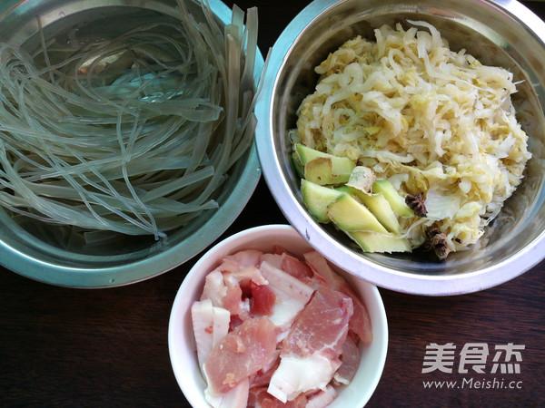 五花肉炖酸菜粉条的做法大全