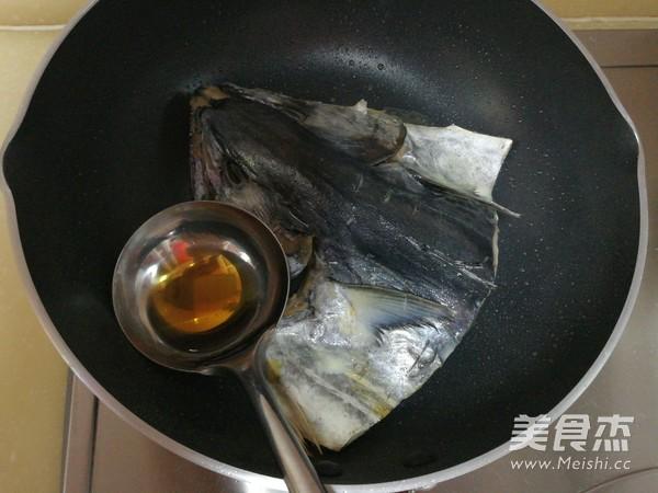 红烧鲅鱼头的简单做法