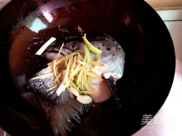 鱼头玉米的简单做法