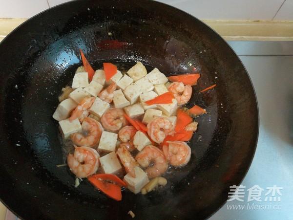 豆腐熘虾仁怎么炒