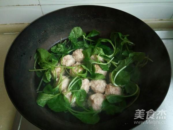 小白菜虾泥豆腐丸子汤怎么煮