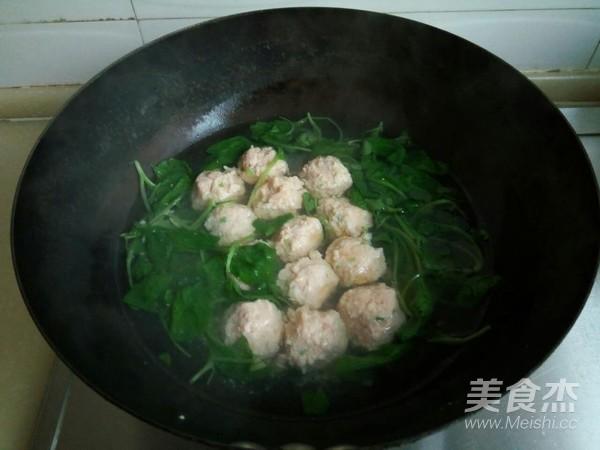 小白菜虾泥豆腐丸子汤怎么炖