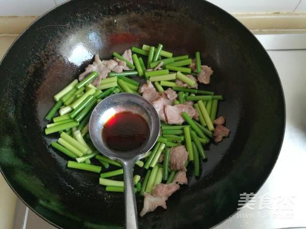 蒜苔炒肉怎么吃