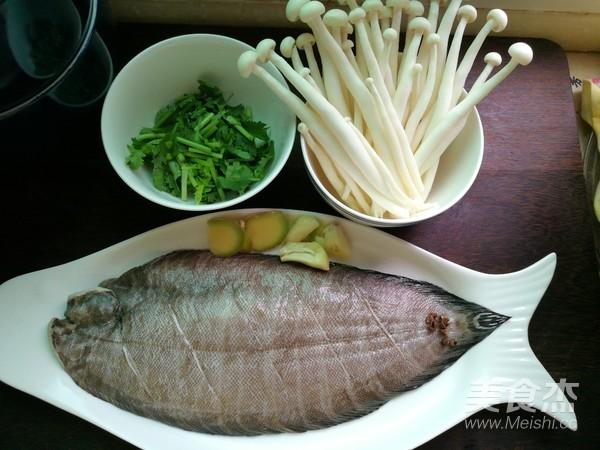 平鱼炖海鲜菇的做法大全