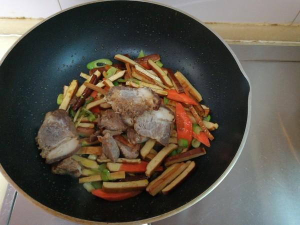 豆干牛肉汤怎么做