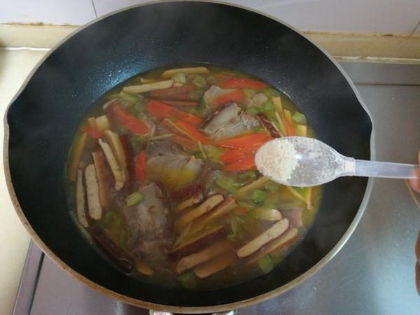 豆干牛肉汤怎么炖