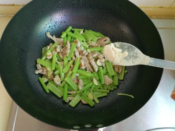 芹菜炒肉怎样煮