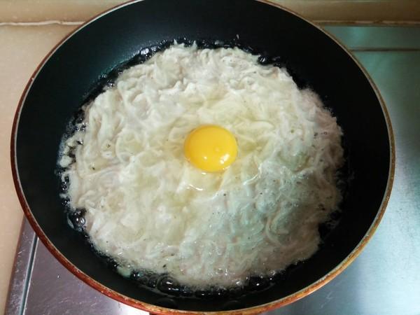 莲藕虾仁鸡蛋饼怎样做