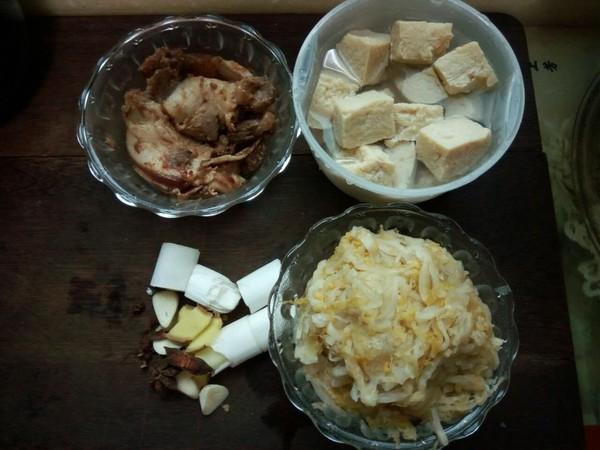 酸菜冻豆腐汤的做法图解