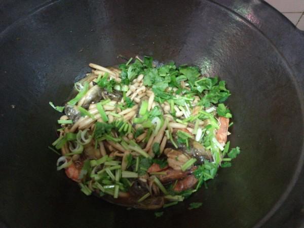 海鲶鱼炖海鲜菇怎样煮