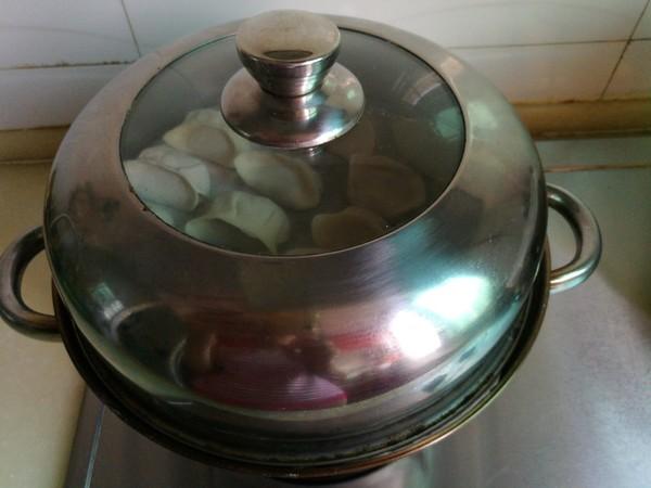 芹菜馅蒸饺的制作