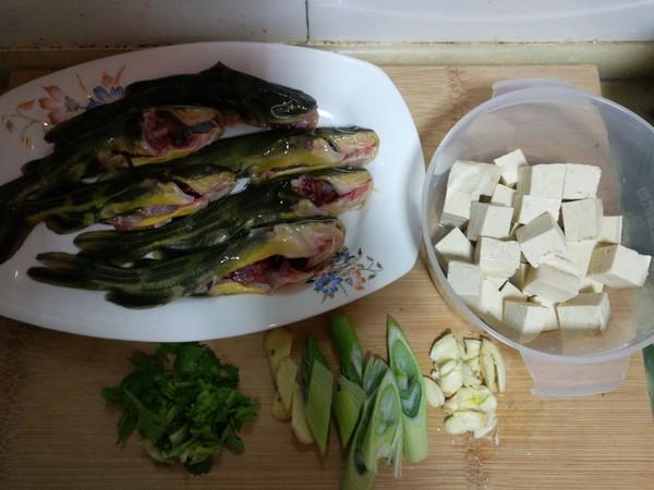 嘎牙子鱼炖豆腐的做法大全