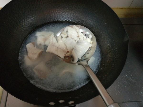 酸菜鱼片的简单做法