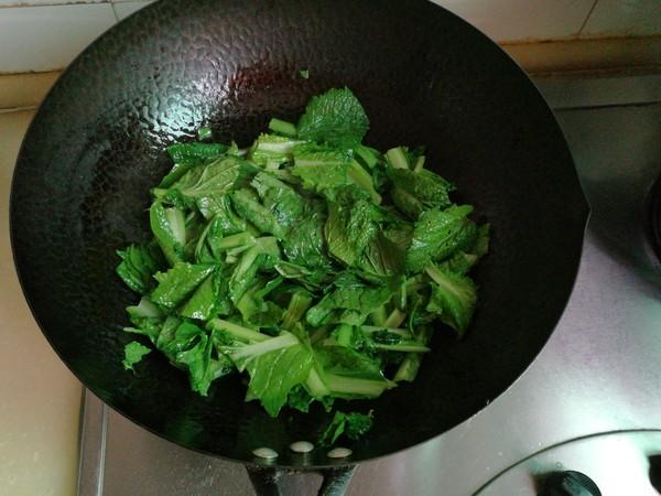 小白菜文蛤汤怎么吃