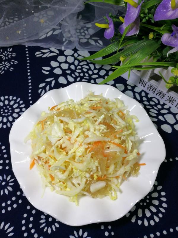 白菜拌海蜇头成品图