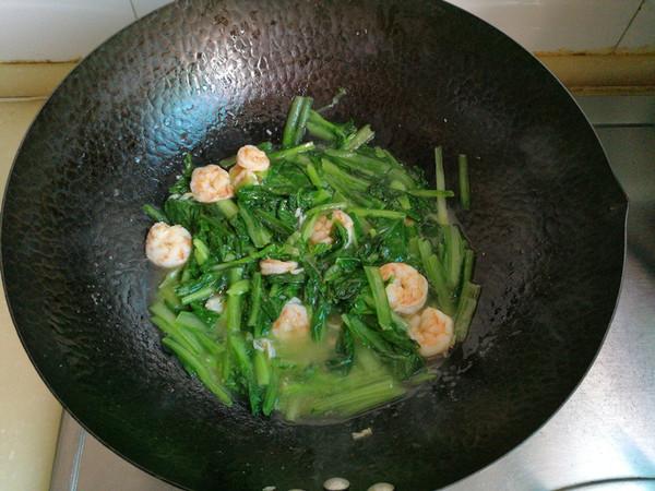 小白菜炒虾仁怎么煮