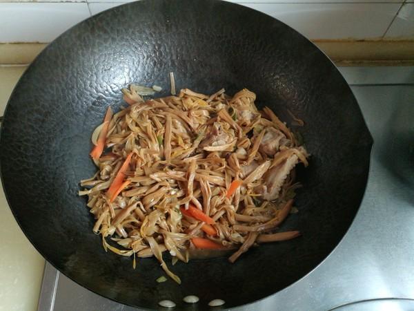 黄花菜炖排骨怎样炒