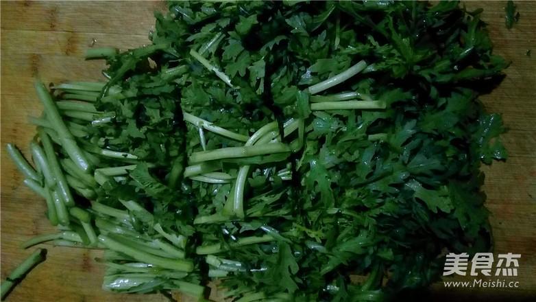 家常凉菜:麻酱蒿子杆的做法图解