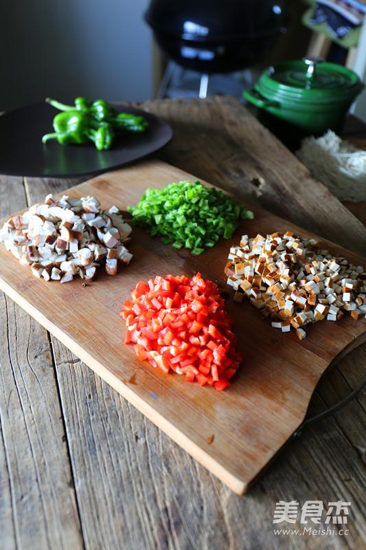 卤香牛肉风味酱拌面的家常做法