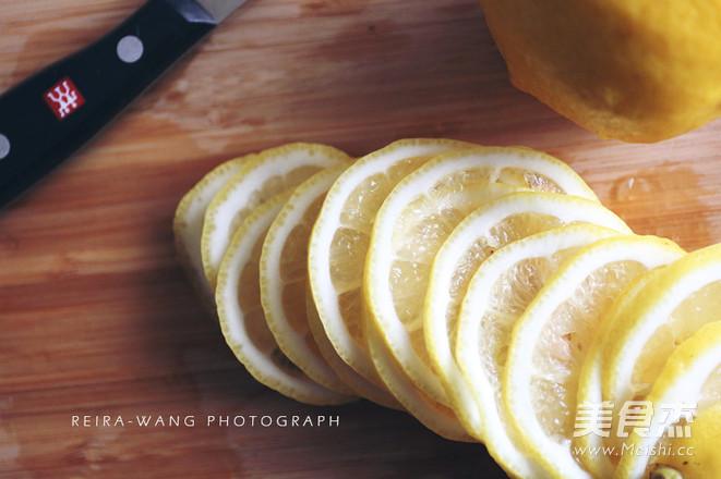 柠檬水的正确冲泡方法的家常做法