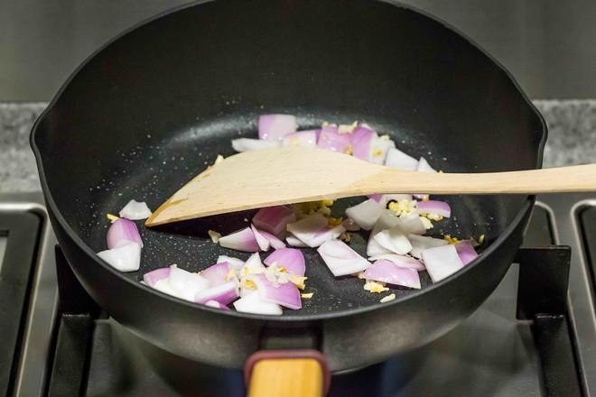 南瓜排骨焖饭的家常做法