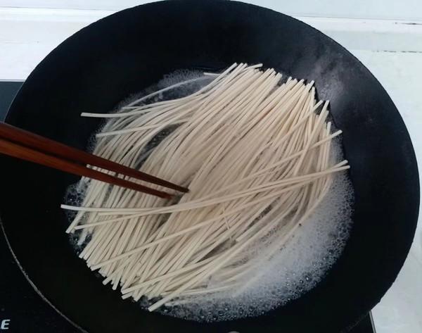 鸭汤挂面的家常做法