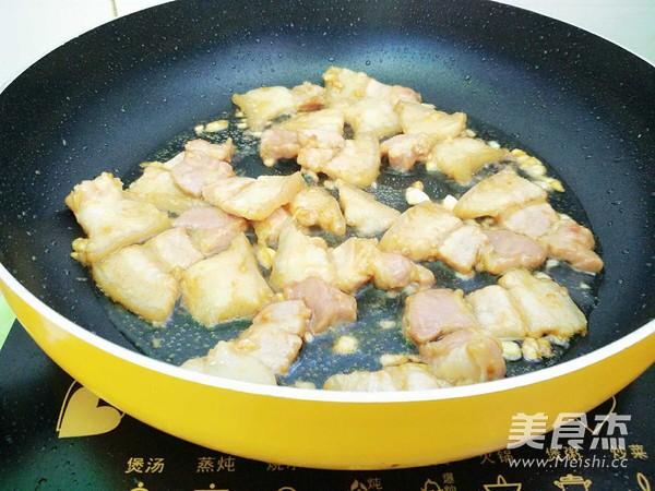 五花肉炒韭苔怎么做