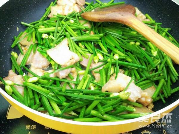 五花肉炒韭苔怎么炒