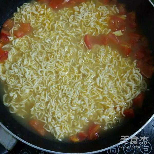 西红柿鸡蛋面怎么煮
