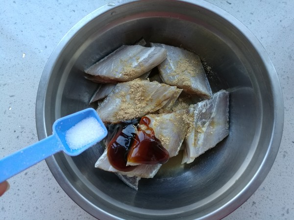 干煎带鱼的简单做法