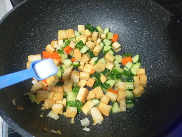 黄瓜豆腐丁怎么吃