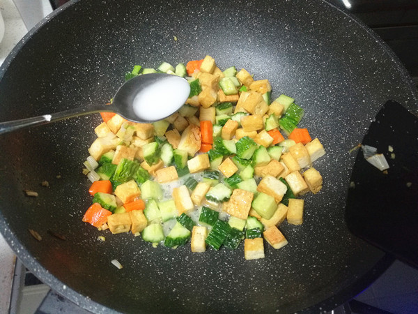 黄瓜豆腐丁怎么做